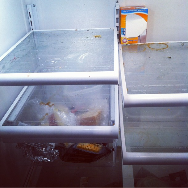 Messy Refrigerator: It's The New Year, Keep Smoking But Clean Your Fridge