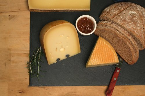 Gunns Hill Cheese board